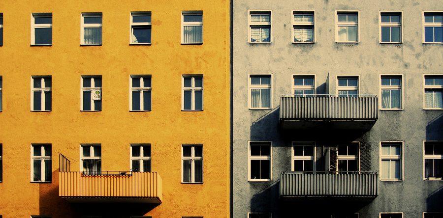 Помощь адвоката: как не попасть на двойной продаже квартиры?